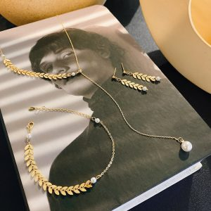 Pendant & Earring & Bracelet Set